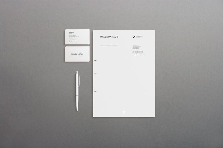 Picture of business cards and stationary for the Iwalewahaus Bayreuth